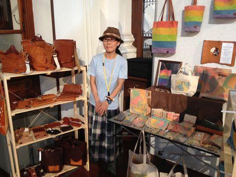 京都アートフリーマーケット革製品のお店