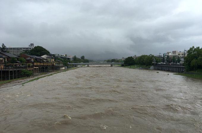 2018年京都豪雨 鴨川