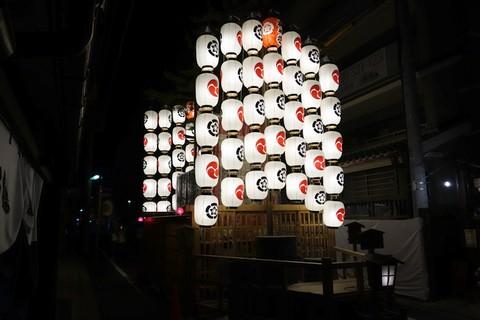 祇園祭後祭 夜の宵山 八幡山