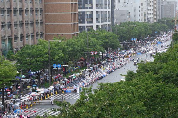 2015雨の祇園祭前祭山鉾巡行 御池通