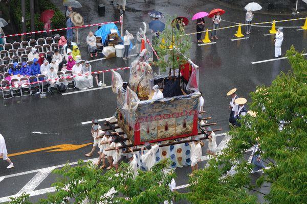 2015雨の祇園祭前祭 山鉾巡行 山伏山