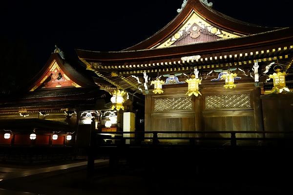 京の七夕 北野天満宮ライトアップ 拝殿と本殿