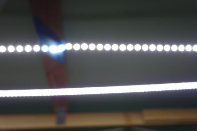 LEDテープライト 拡散の比較