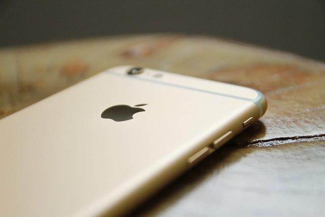 iPhone SIMフリー化
