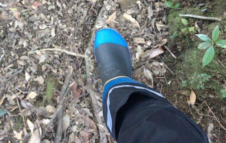 スパイク長靴